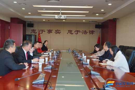 陕西省委政法委到周至法院调研新媒体建设工作