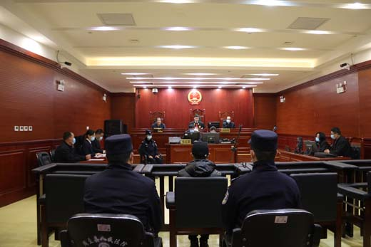 """陕西省周至县人民法院院长敲响""""新春第一庭"""""""