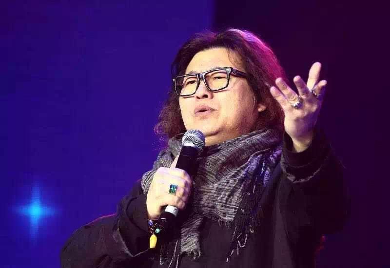 著名艺术家——张林