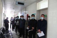 吴堡县组织市人大代表、市政协委员集体接种新冠疫苗